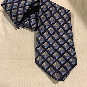 ERMENEGILDO ZEGNA Blue Grey Diamond Pattern Tie